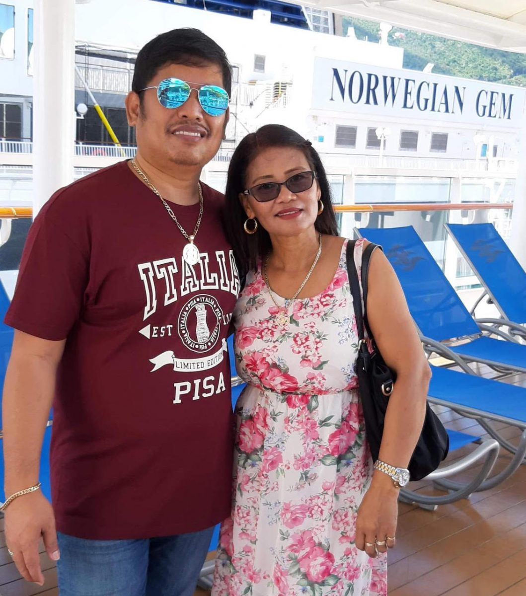 Vinuyas on cruise ship
